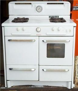 Vintage RARE 1950's Welbilt Gas Stove Range Oven White