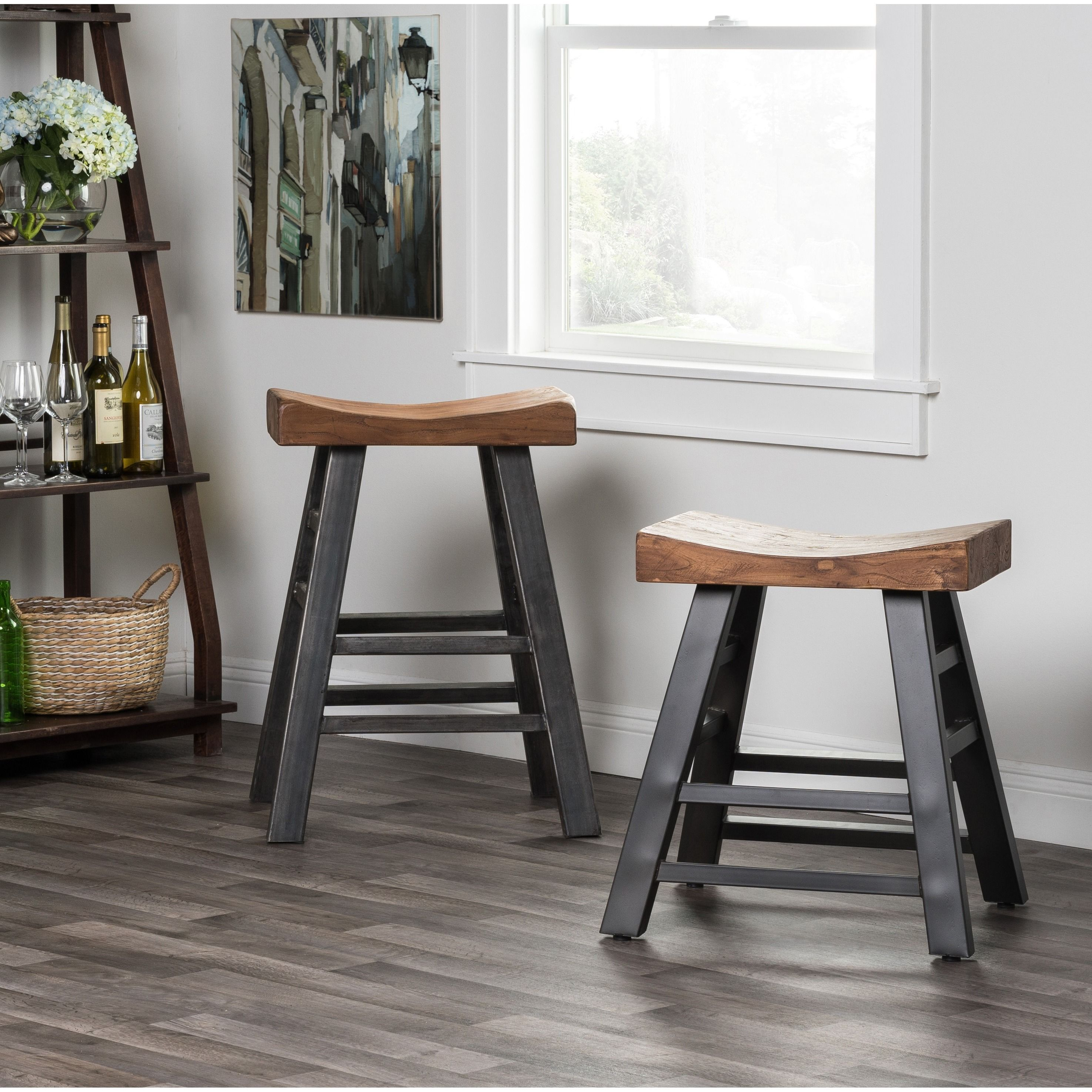 Beautiful 33 Inch High Bar Stools