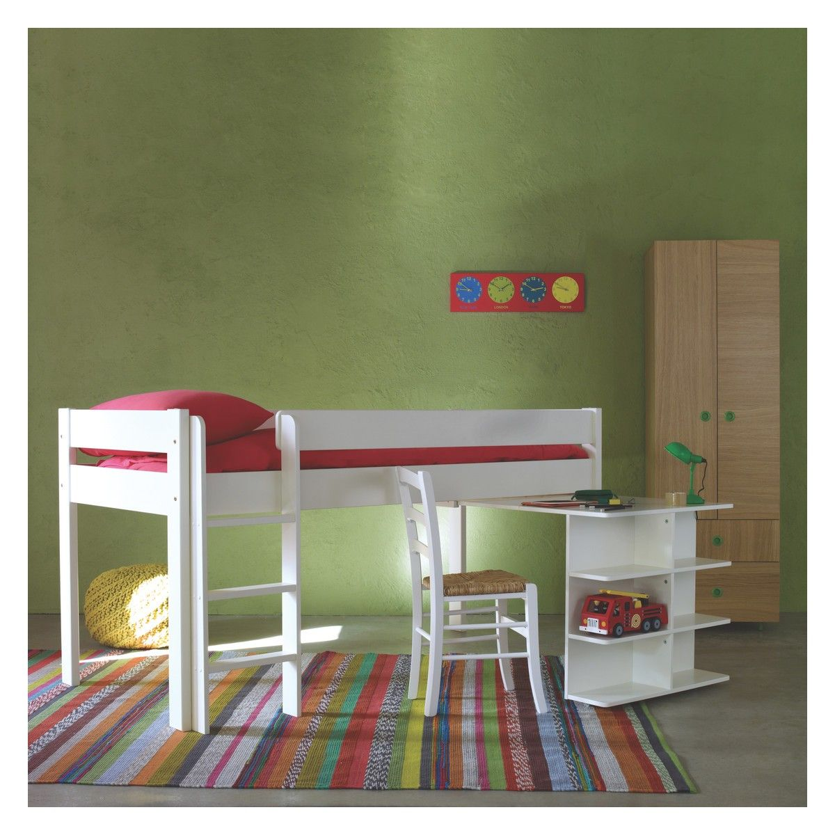 Unique Kids Bed with Pull Out Bed