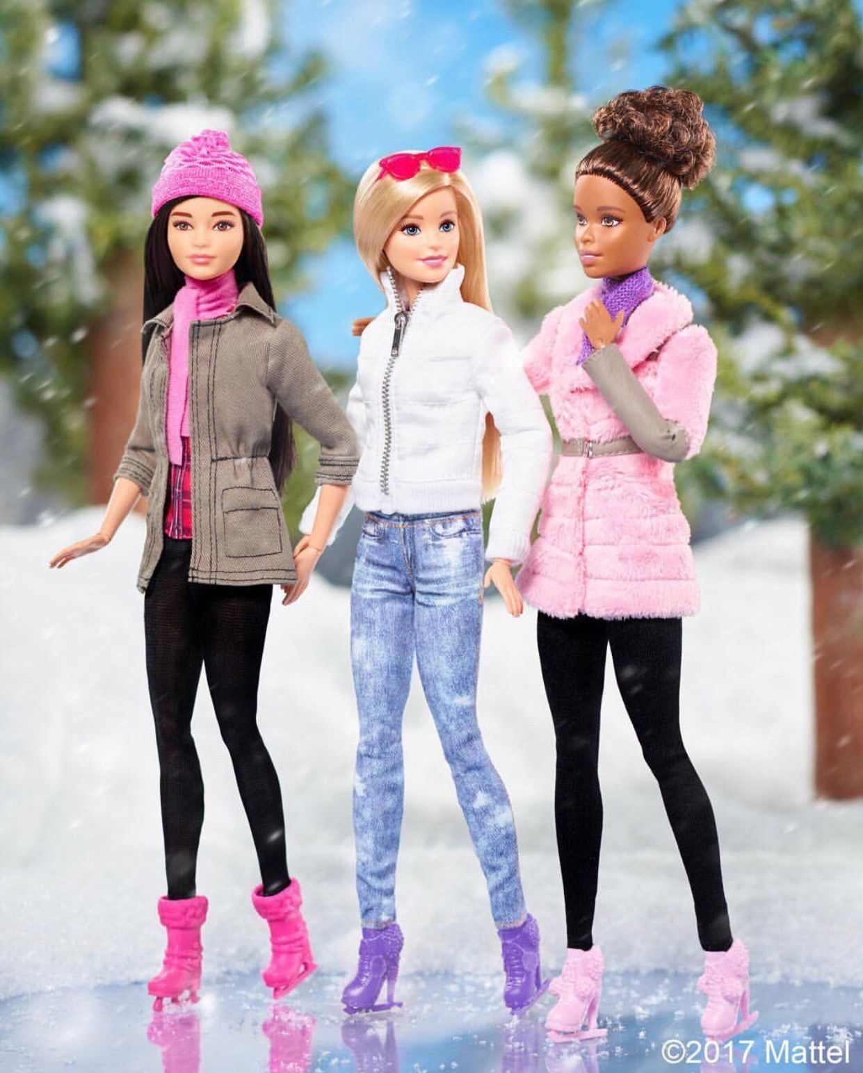 37 by barbie instagram couture habits de poup e pinterest barbie barbie dolls et dolls - Chevaux barbie ...