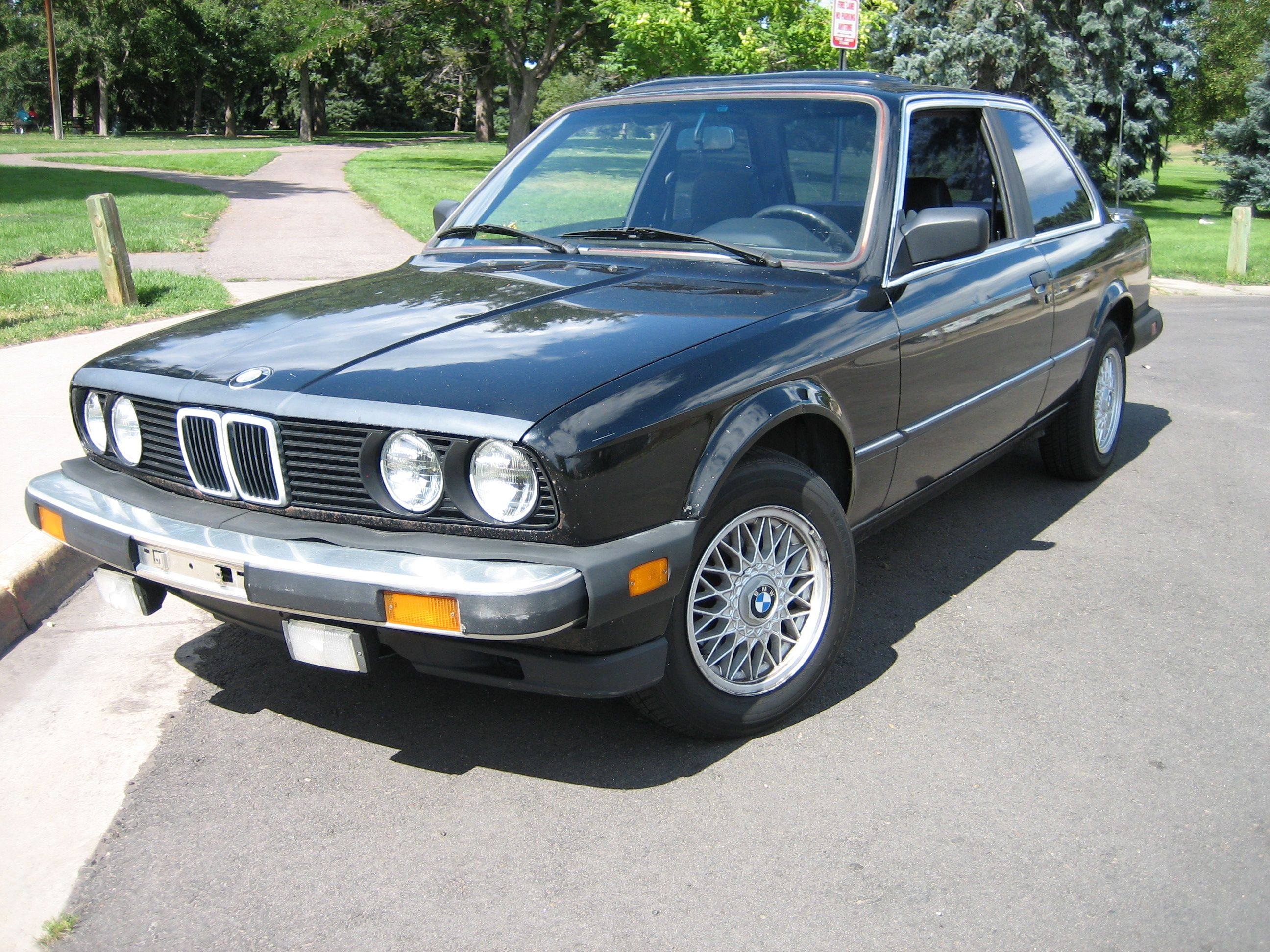 1984 BMW 318i I remember having this car in Burgandy sold