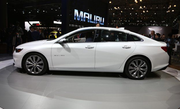 2016 Chevrolet Malibu s and Info – News – Car and Driver