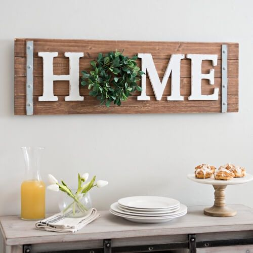 Beautiful 45 Charming Farmhouse Wall Decor Ideas to Add Some Rustic Flair to Your Blank Walls Lovely - rustic wood decor Unique