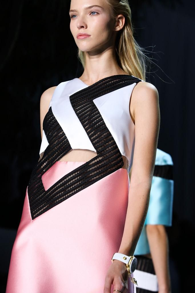 Versace Spring 2015 Ready-to-Wear - Details - Gallery - Look 1 - Style.com