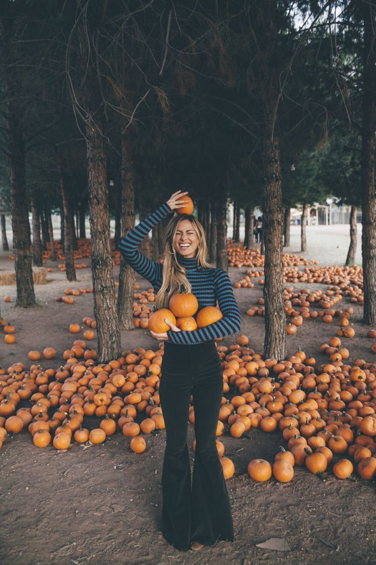 Turtleneck Fall Fashion + Pumpkin Patch Vibes with Kate Nelle + Margaret O'Leary and Show Me Your Mumu Cord Bells