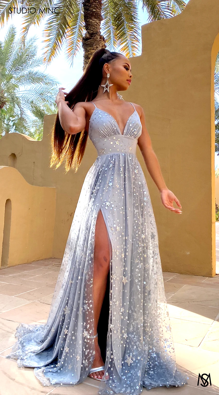 Silver Wonders Trendy Prom Dresses Prom Outfits Stunning Prom Dresses [ 1619 x 900 Pixel ]