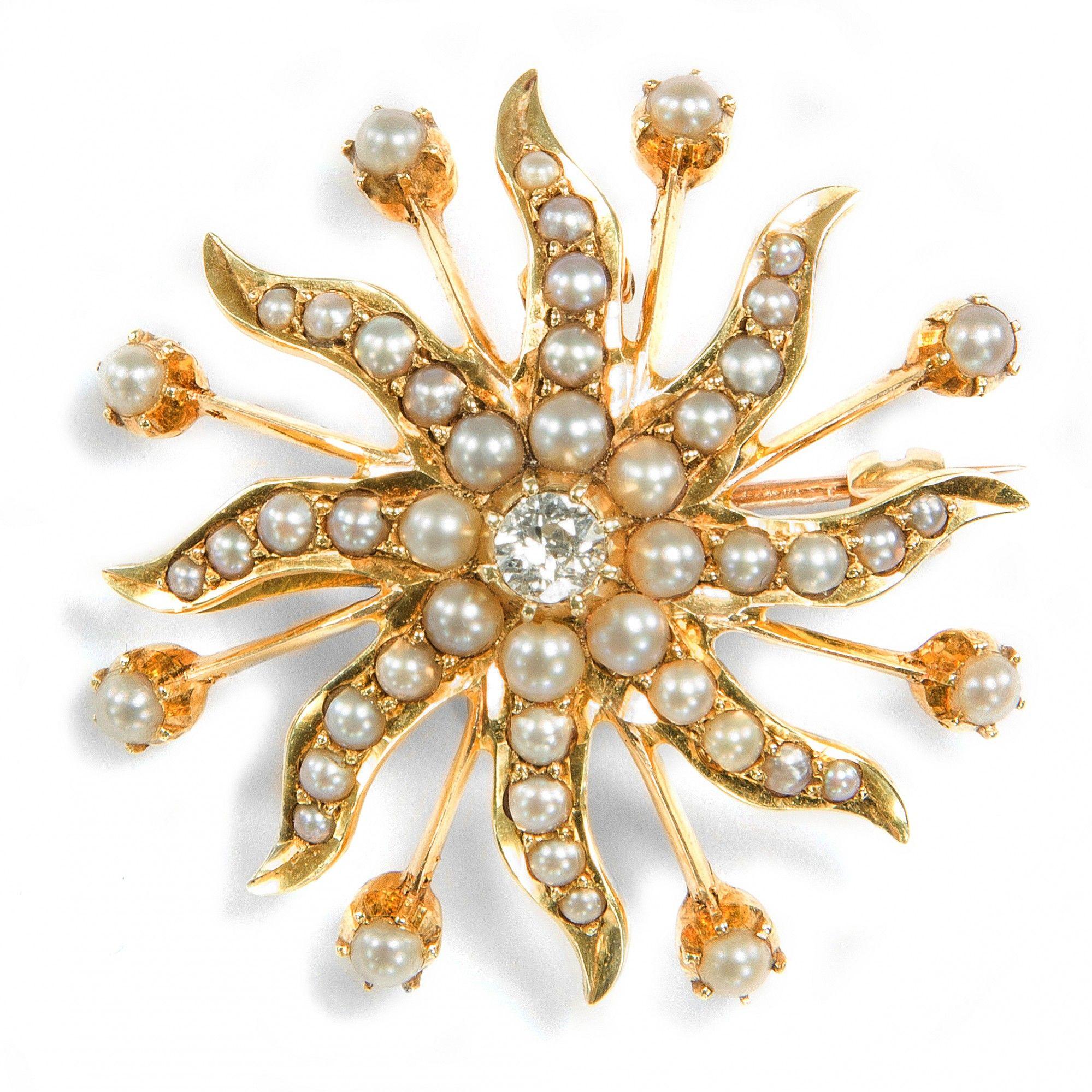 Licht in dunkler Nacht Wunderbare Perlen & Diamant Brosche