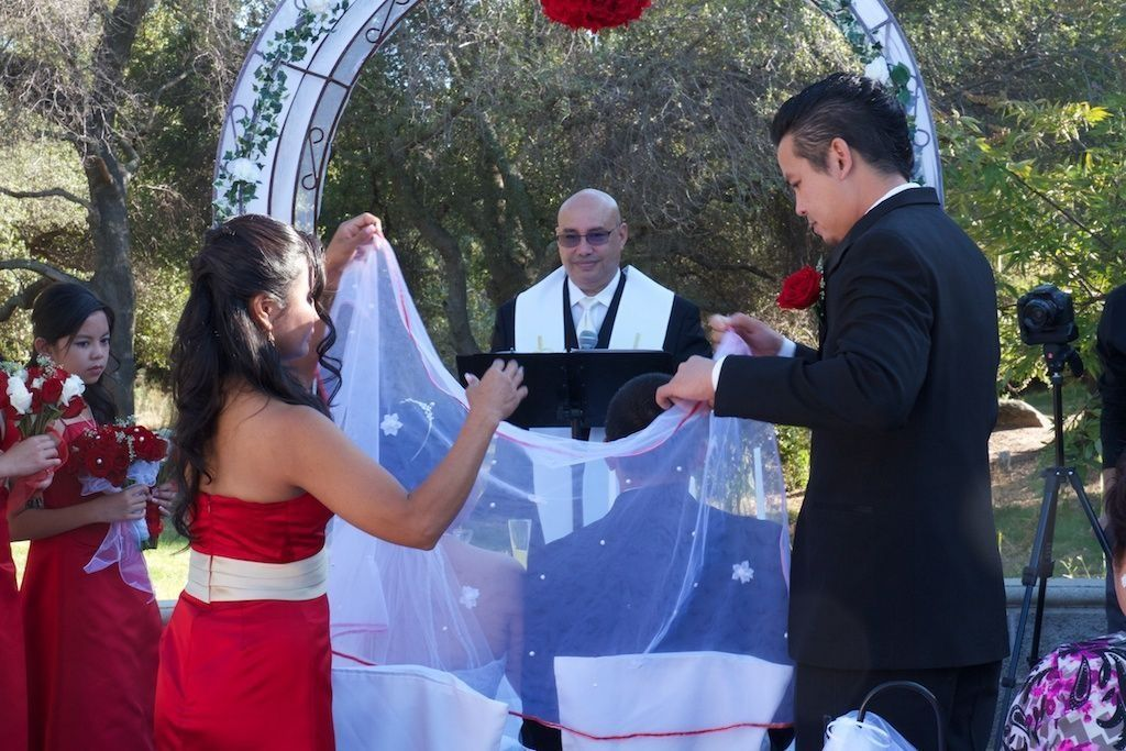 Veil, Cord and Coin Ceremony by Pastor Tom Burgos