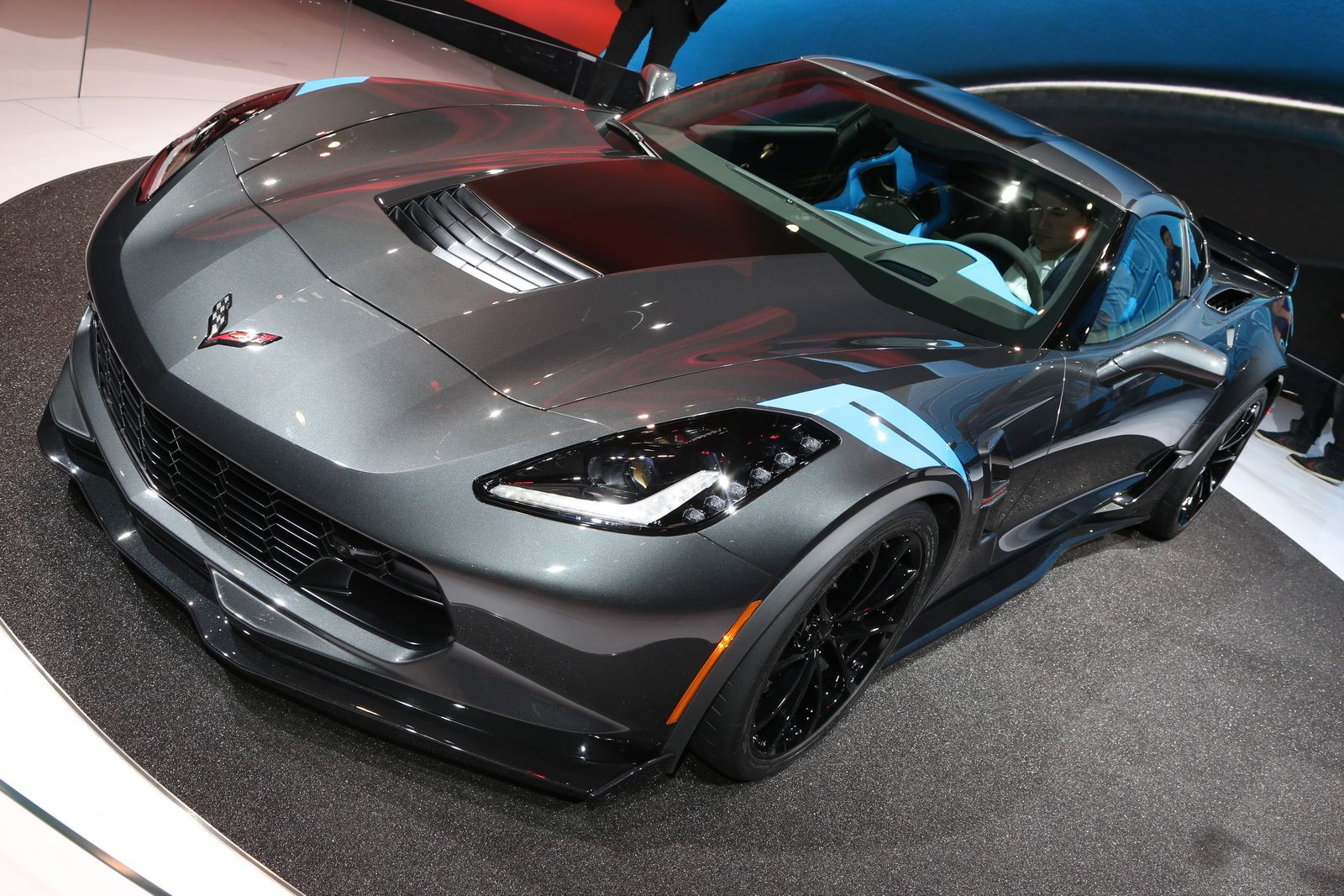 New 2017 Corvette Grand Sport Brings ZO6 Goo s To Stingray For