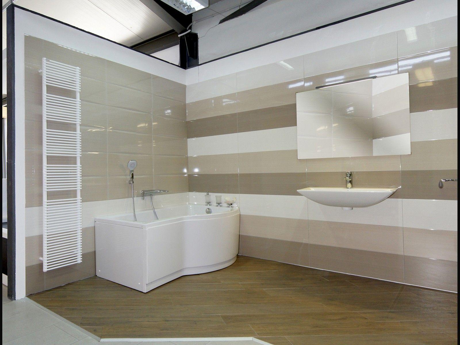 Bagno minimal moderno contemporaneo con rivestimento parete gradenia orchieda collezione linear - Bagno rivestimento moderno ...