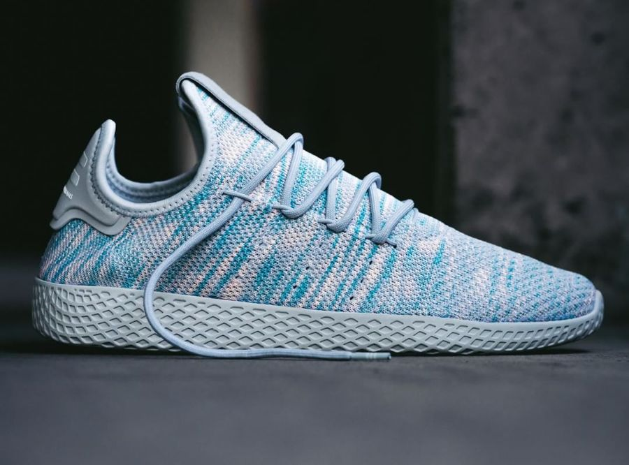 cheap for discount 3367f b0898 Pharrell Williams x Adidas Tennis Hu Noble Ink (2017)