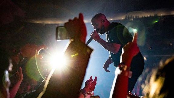 Drake just shattered his Spotify record with an Apple Music record
