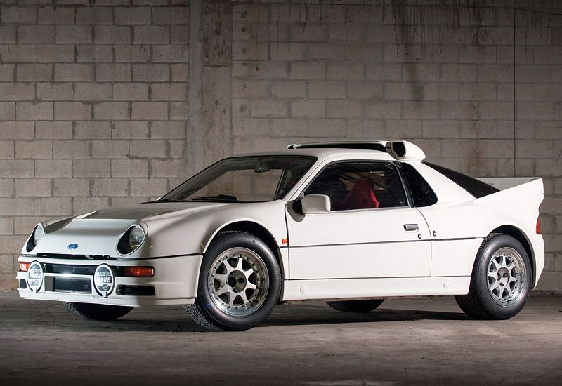 The 1984 86 Ford Rs200 95 Customs In 2020 Rally Car Classic