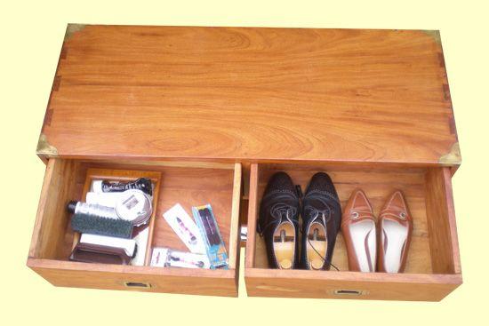 Tr s original et pratique meuble pour ranger chaussures chaussons et outillage rangements - Meuble pour ranger vetement ...