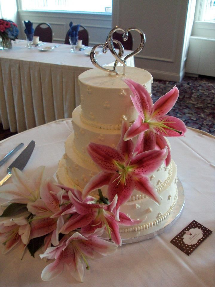 wedding cake carrot carrot cake wedding cake cakes by lizzy 22170