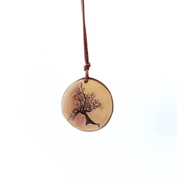 Handcrafted Wooden Jewelry Essential Oil Diffuser Necklace Materials Wo Essential Oil Necklaces Essential Oil Diffuser Jewelry Essential Oil Necklace Diffuser