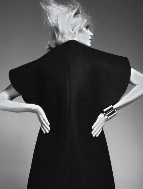 Le Noir Soulage | Dewi Driegen by Ishi for French Revue De Modes Fall Winter 2013-2014.