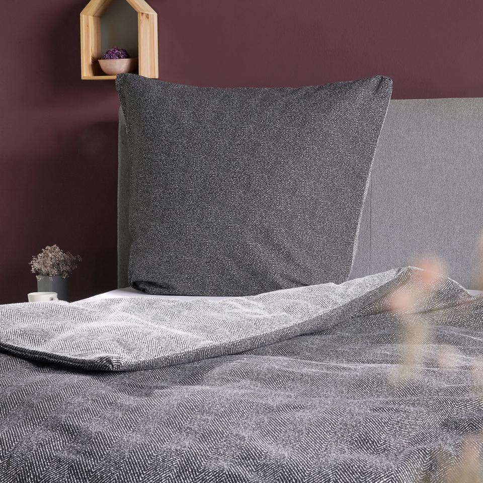 Biber Wendebettwasche 135x200 Grau Schwarz Bett