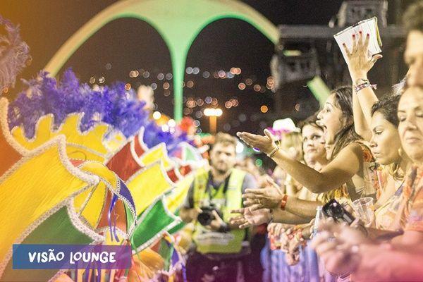 http://diariodorio.com/folia-tropical-na-sapucai/?utm_source=feedburner&utm_medium=email&utm_campaign=Feed%3A+diariodorio+%28Di%C3%A1rio+do+Rio+de+Janeiro%29
