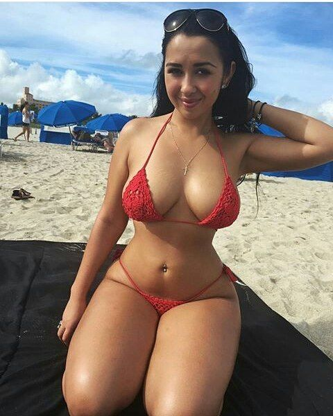 Best sites for sexy thick women, young nude hippie
