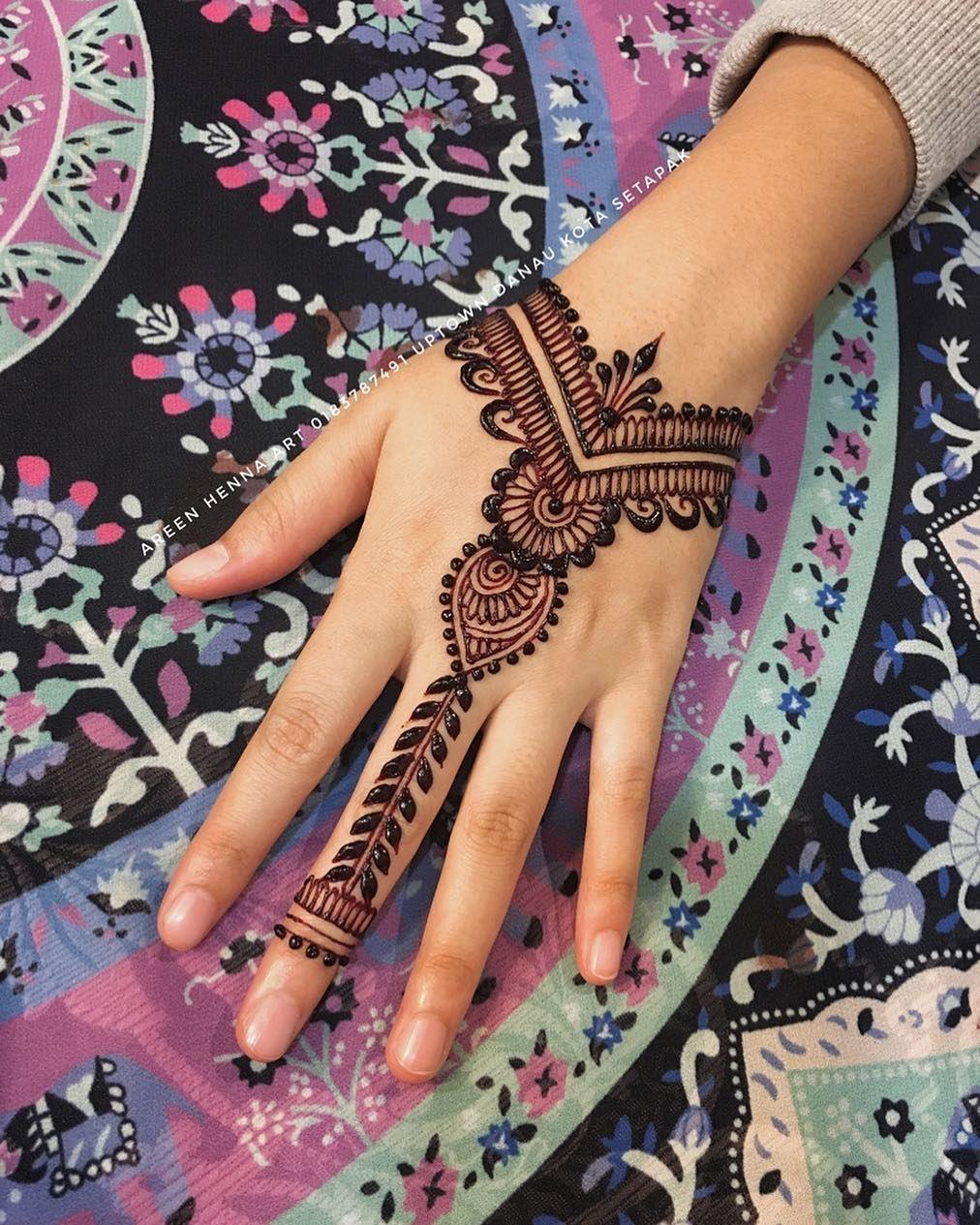 Untuk Sebarang Pertanyaan Atau Tempahan Henna Wedding Sila
