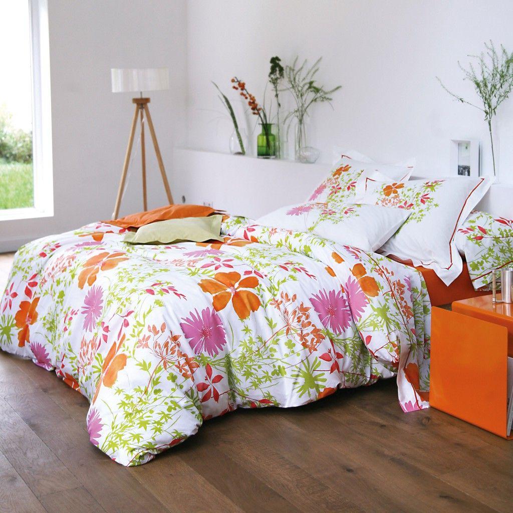 housse de couette fleurie blanc des vosges chez delamaison. Black Bedroom Furniture Sets. Home Design Ideas