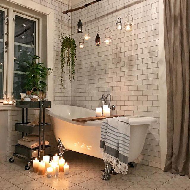 "Photo of Vibeke J Dyremyhr on Instagram: ""Have a bath before bedtime 🛁💙🙌🏻 Lovely 🌟👏🏻 📸 @frurokaas  #bathroom #bathtub #bathroomdesign #baderom #interior_delux"""