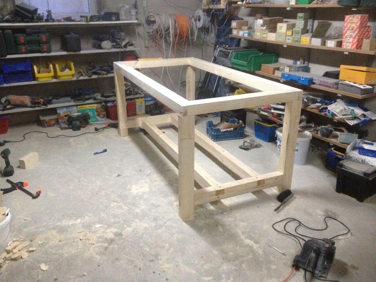 Werktisch | Holztisch selber bauen, Werktisch, Massivholztisch