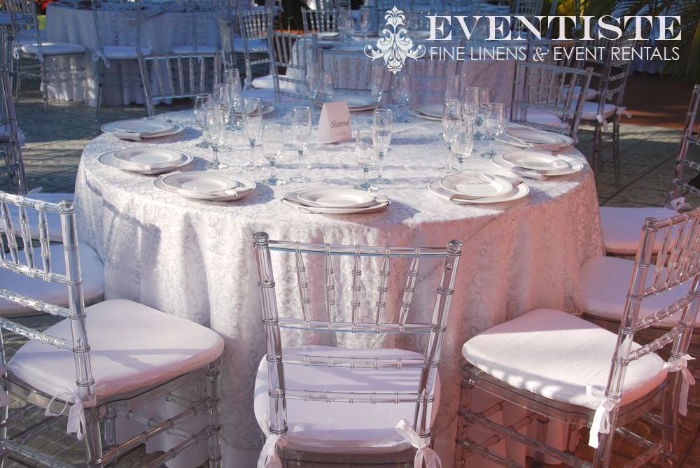Clear Chiavari Chairs Silver Vine Scroll Overlay Linens Table Set Up Chairs And Linens From Eventiste Re Clear Chairs Chiavari Chairs Wedding Chiavari Chairs
