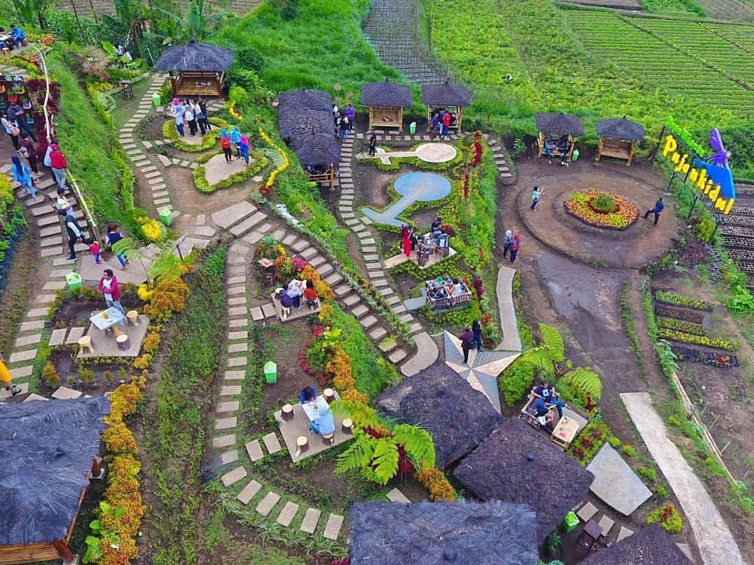 Cafe Sawah Semakin Bagus Sahabat Mesti Coba Kesini Location Cafesawah Pujonkidul Pujin Kidul Batu Malang Indonesia Di 2020 Pedesaan Malang Pemandangan