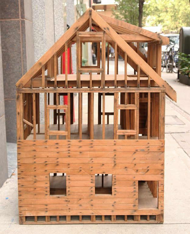 1stdibs Great Balloon Framing Scale Model of a Home Construction - maquette d une maison