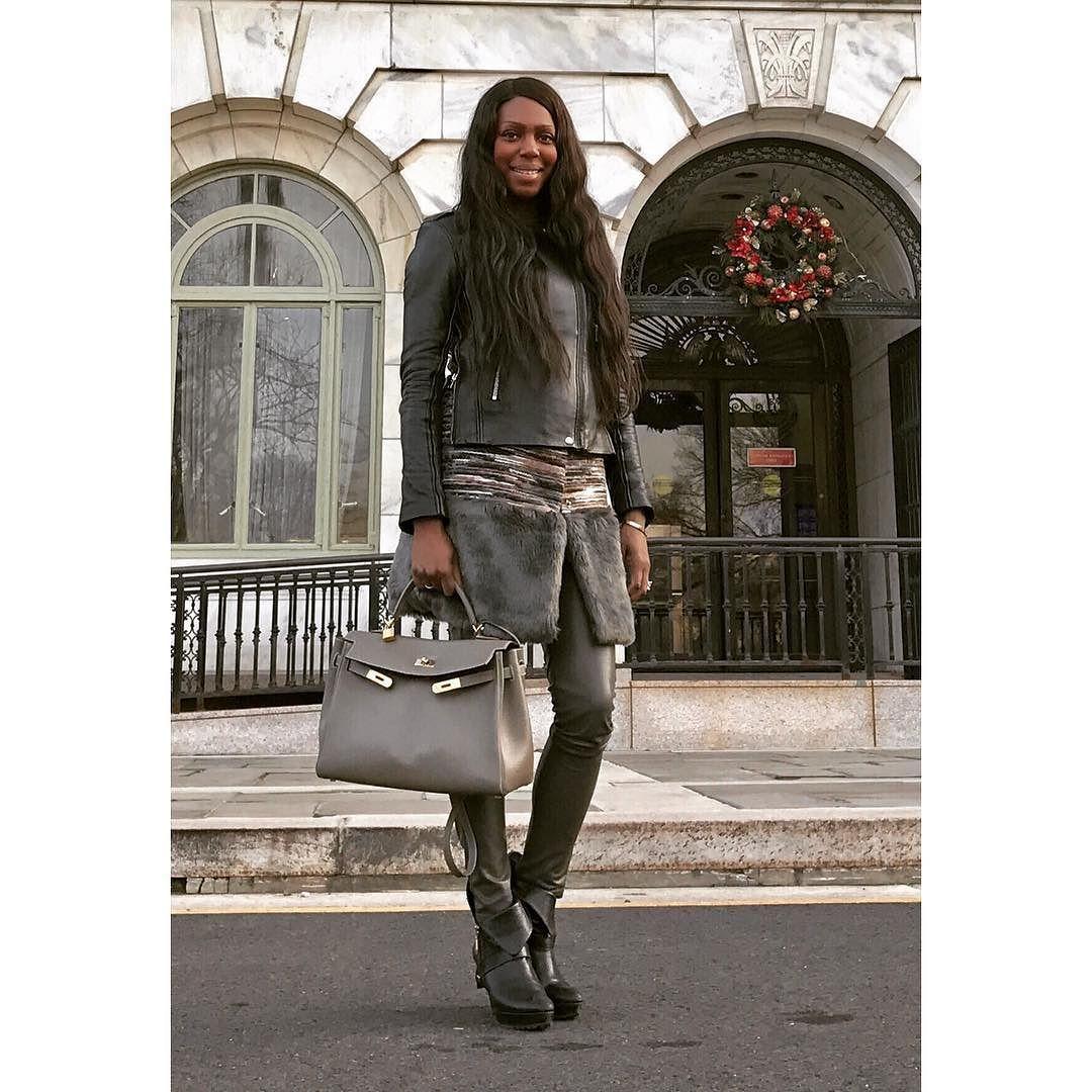 I speak success into my life for the rest of 2016 and beyond! _____________________________________________________________ #stylist  #fashioneditor  #newyorkstyle #luxury  #instagood #instafashion #photooftheday #streetstyle #fashionblogger  #ootd #style #fashion #etceteramodus #marydyann #girlboss #fashionstylist  #luxuryfashion  #instastyle #fashionista  #instadaily  #fashiongram  #instalike #melanin #wiw #styleiswhat #planoly #latergram #success #gratitude #god #latergram