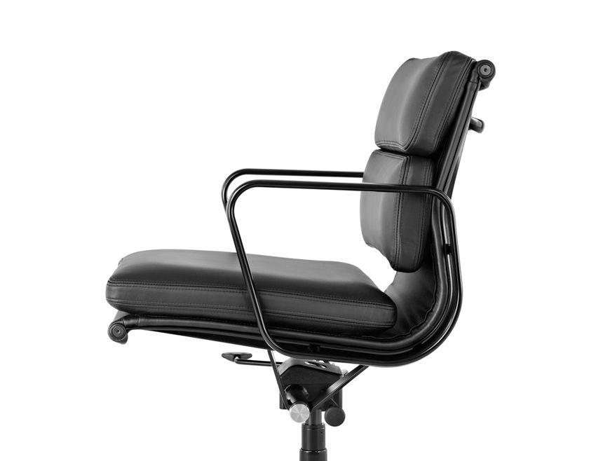 Eames Soft Pad Management Chair Wooden Office Chair Chair