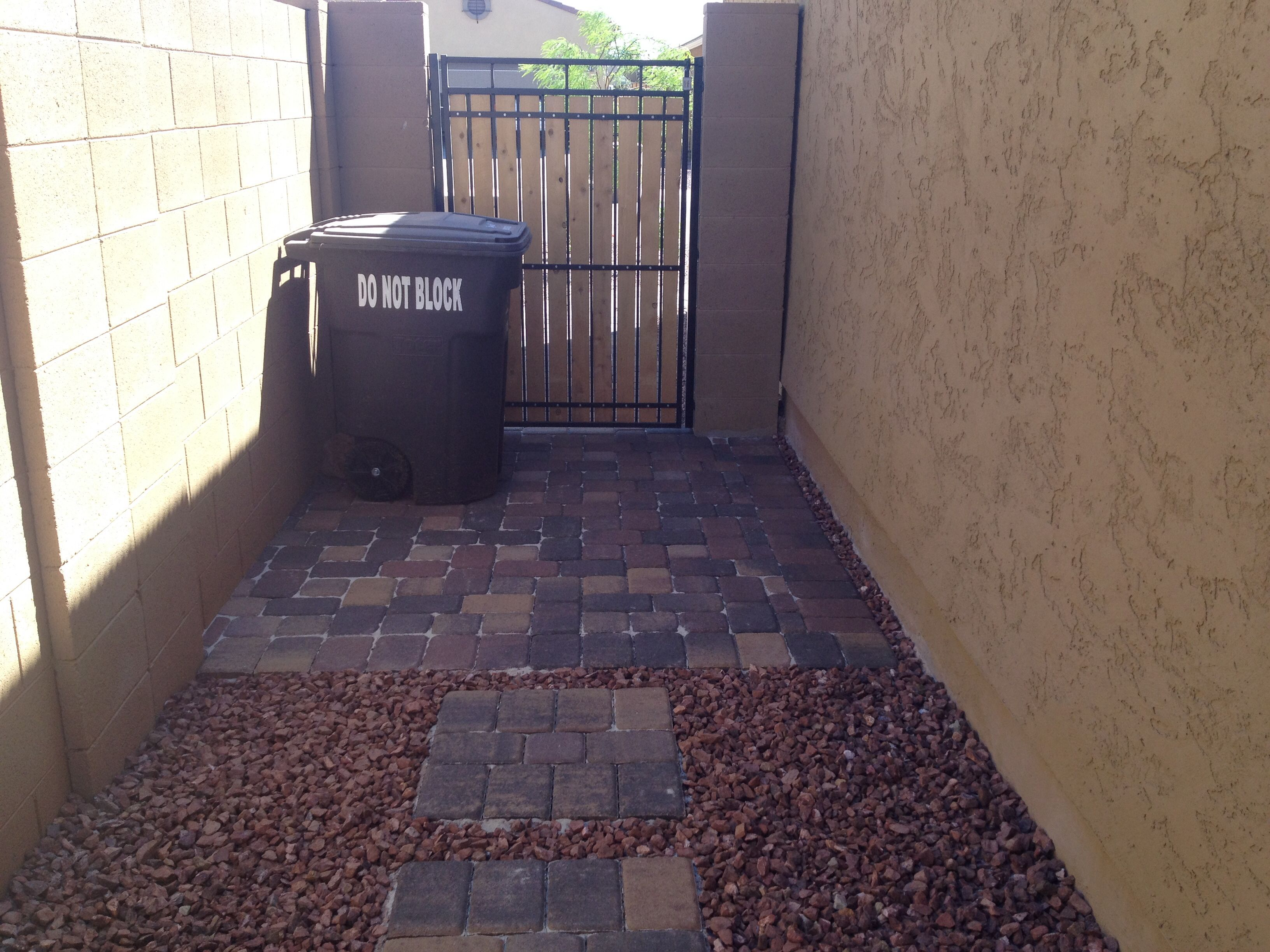 Paver Trash Can Pad Full Installations Pinterest
