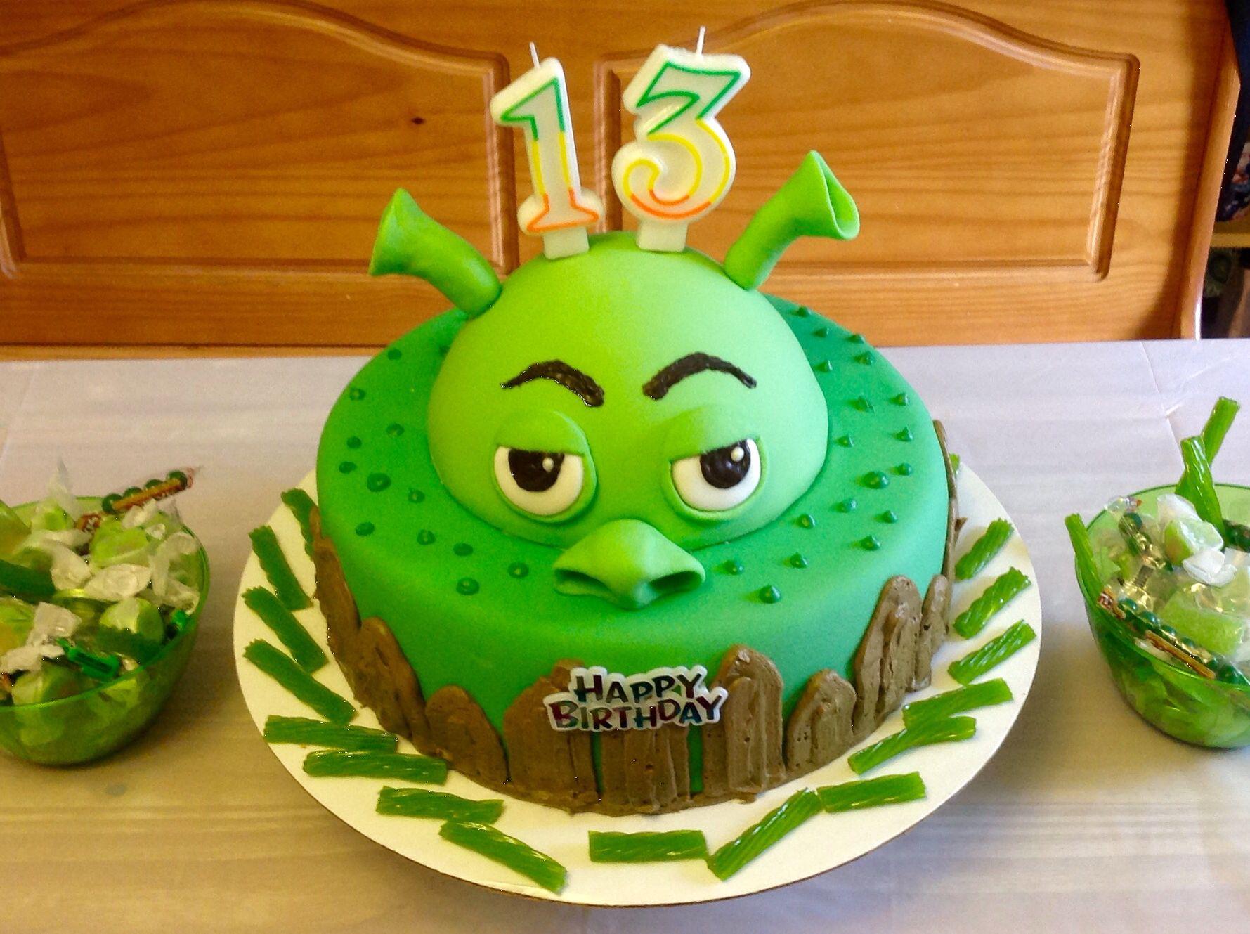 Pleasant Shrek In Swamp Birthday Cake With Images Shrek Cake Cake Funny Birthday Cards Online Benoljebrpdamsfinfo
