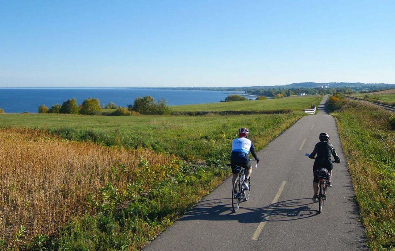 Top 10 des plus belles pistes cyclables au Québec Lac