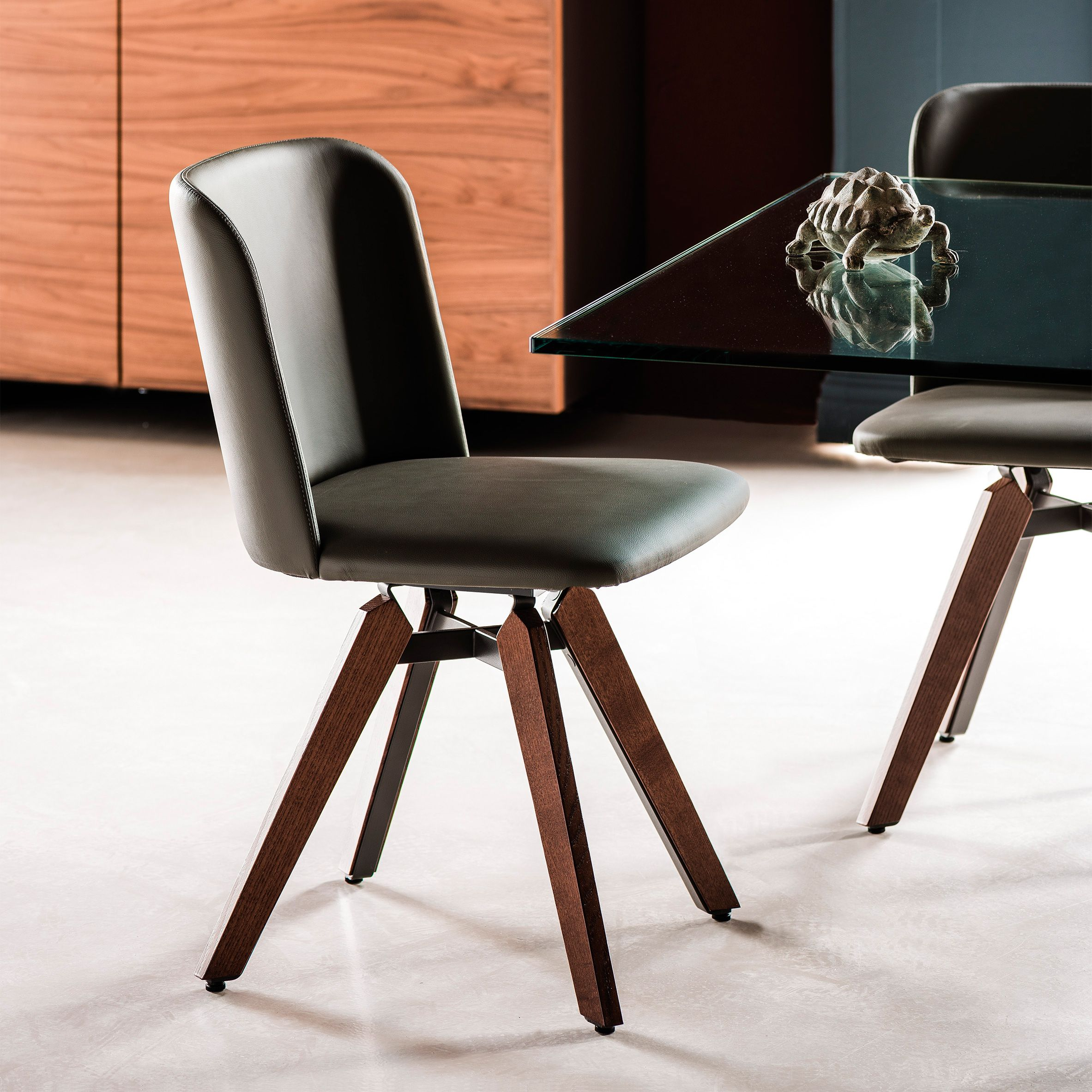 SEATING CHAIRS SOFIA Cattelan Italia HARRODS SHOWROOM 89 x 48 5 x 61 5 Dining Chairs Pinterest