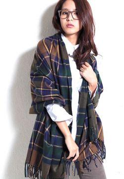 Large plaid scarf / Yevs(イーブス) チェック柄マフラー shopstyle.co.jp