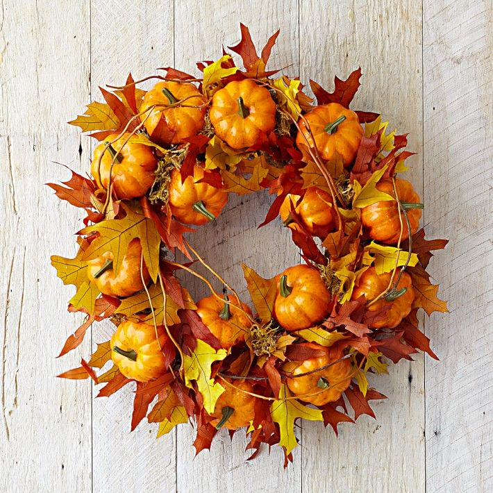 maple leaf pumpkin wreath i can make this myself using leaves and fake pumpkins from michaels crafts stores