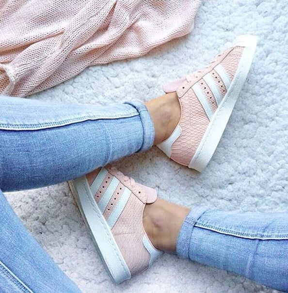 best website 4d559 07f7a Pink snake skin superstars | Shoes. | Zapatos, Zapatillas ...