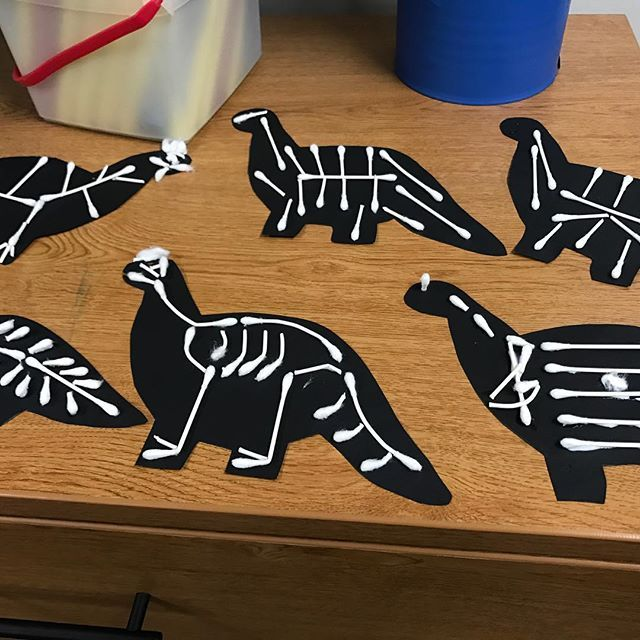 Carnival of the Animals fun! Can you guess which piece?  via @thebulletinboardlady #dinosaurart