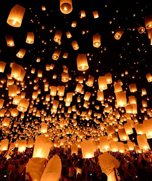 Rise Lantern Festival Lights Up The Las