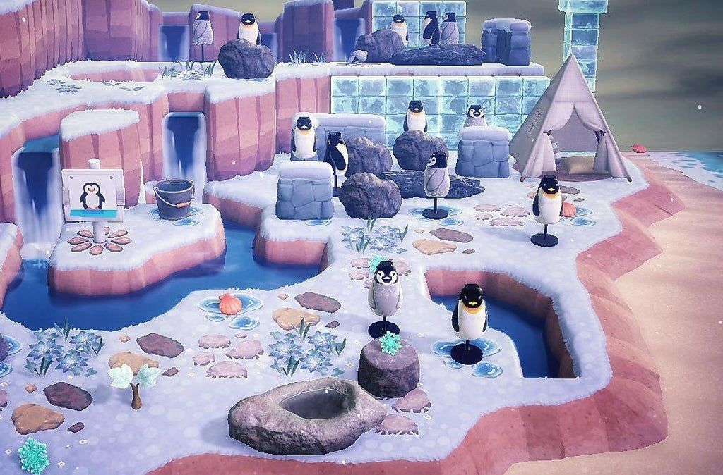 It's finally time to get my island ready for winter! My penguin island 🐧