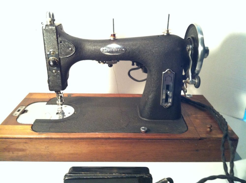 White Rotary 40 40X40 Portable Sewing Machine Rare Wood Case Beauteous 1927 White Rotary Sewing Machine