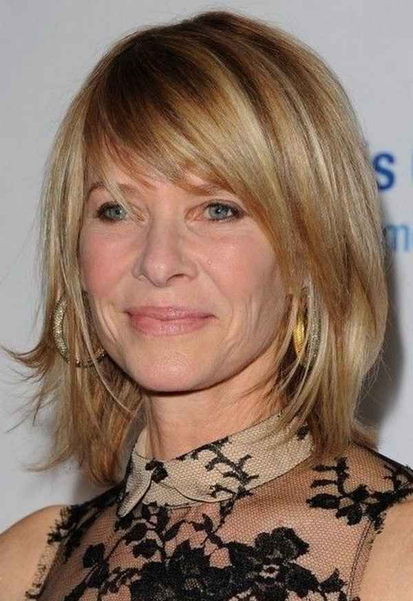 25 Stylish Hairstyles For Women Over 40 Hairstyles Girl Stuff