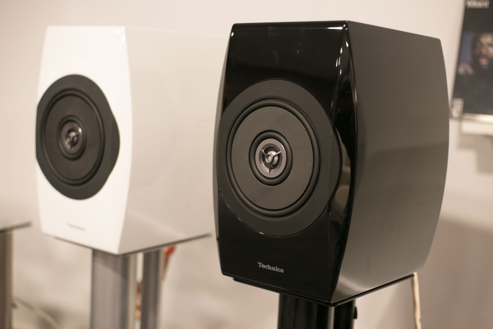 Technics speakers in black and white finish