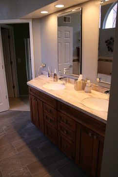 Our friends at Kitchen & Bath Mart designed this Showplace! Thanks for your hard work in Illinois!  Learn more about Kitchen & Bath Mart: http://kbmart.net/ Learn more about Showplace Wood Products: http://www.showplacewood.com/