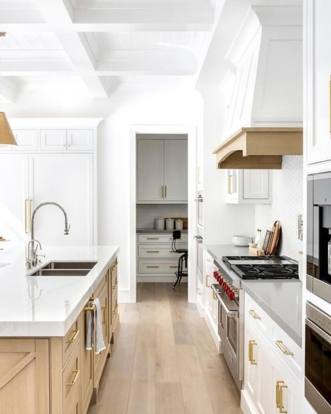 Real Estate Investing On Instagram Monday Mood What S For Dinner Kitchen Inspo Pinterest White Oak Kitchen Kitchen Design Oak Kitchen