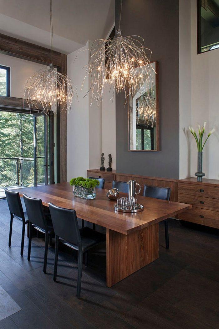 lichtfaden effektvoll kronleuchter design esszimmer hohe decke schwarze st hle home dining. Black Bedroom Furniture Sets. Home Design Ideas