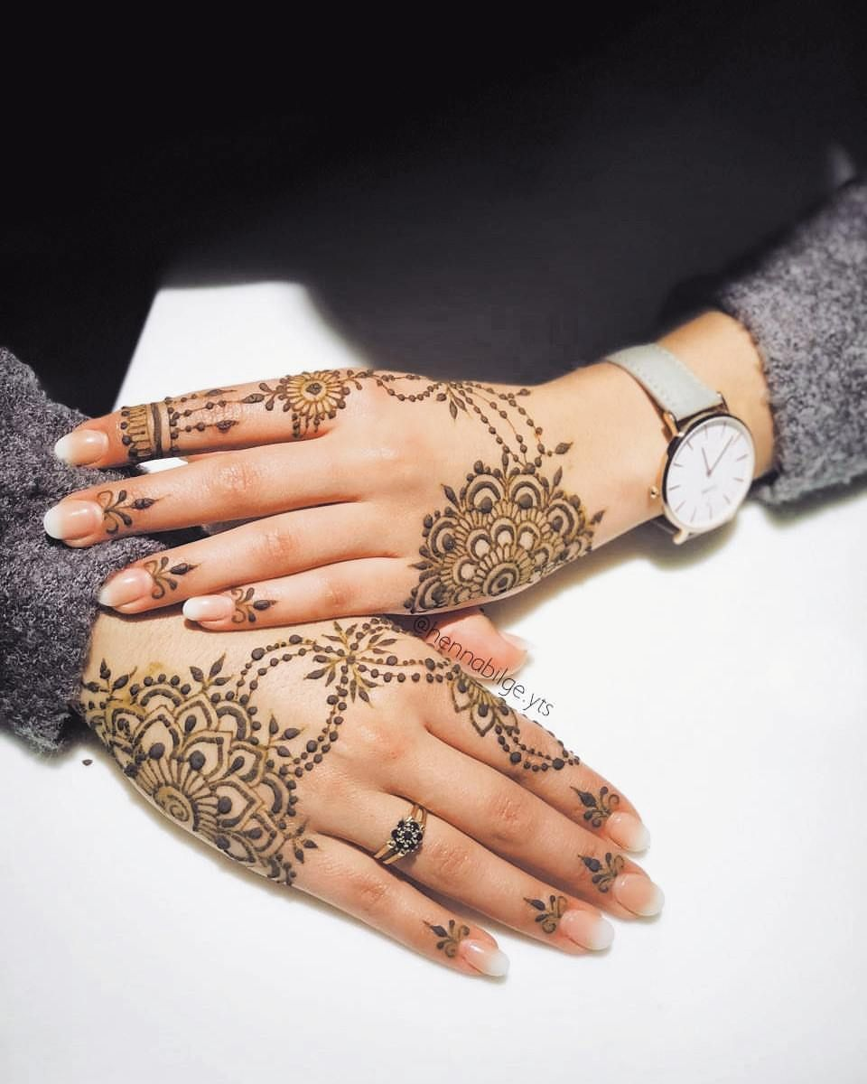 4 507 Likes 95 Comments Ubercode Hennainspire Hennainspire On Instagram Henna Autumnhenna Henna Mehndi Foot Tattoo Henna